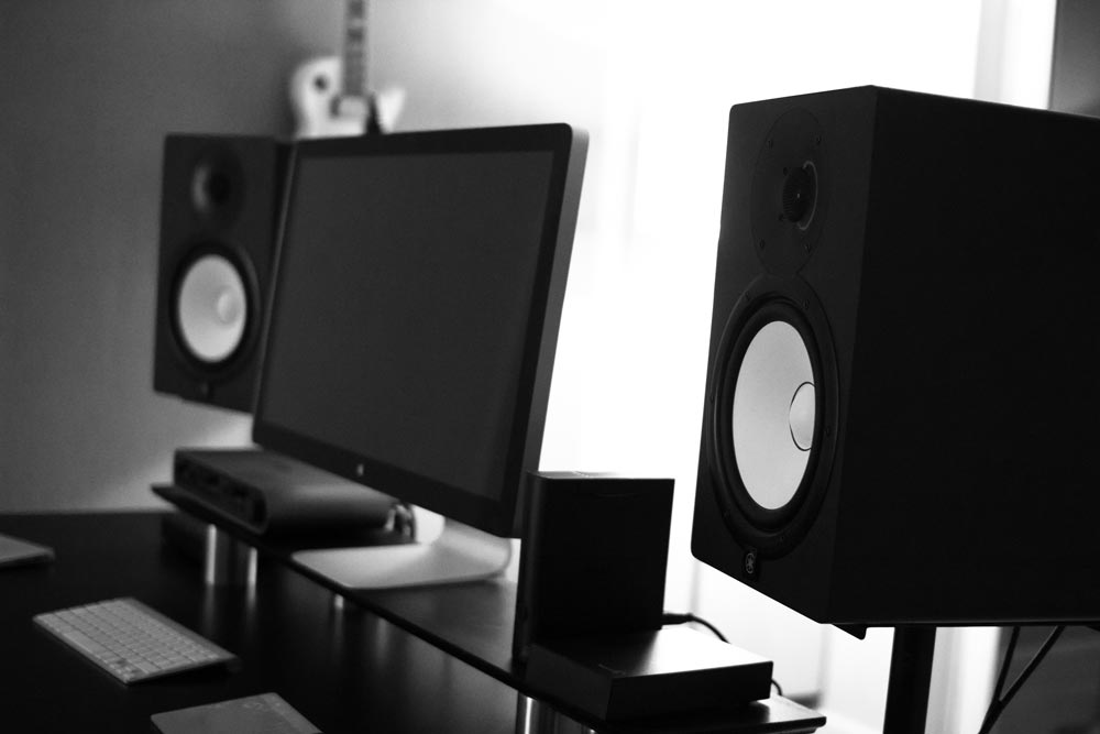 Yamaha HS80 Studio Monitors